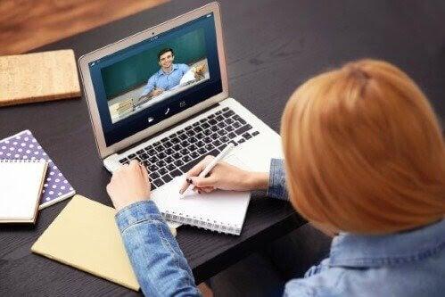 Distansundervisning blottar digitalt utanförskap