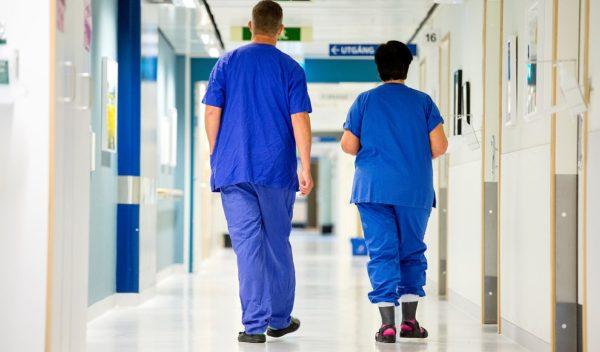 Minskade kostnader för inhyrd vårdpersonal